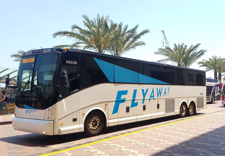 Lax Flyaway Shuttle Bus At Union Station Getting Around La